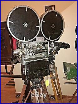 De Vry DeVry Supreme 35mm Optical Sound Newsreel & Studio Camera Circa 1940's