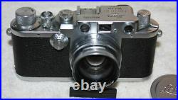 Leica IIIc is a 35mm rangefinder camera with screw mounted lens (1946-47) Ex+/++