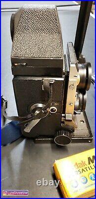 Mamiya C330 CDS Prism Finder & Sekonic Flashmate Camera 80mm f2.8-S lens vintage