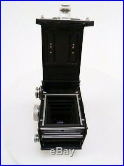 Rolleiflex 2.8 D TLR Camera with Schneider Xenotar 80mm f2.8 Lens in GWO