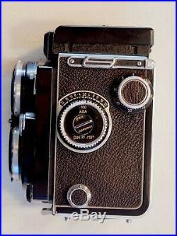 Rolleiflex 2.8C With 80mm Carl Zeiss Planar lens