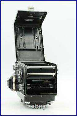 Rolleiflex 2.8F TLR Twin Lens Reflex Camera withZeiss Planar 80 f/2.8-F #824