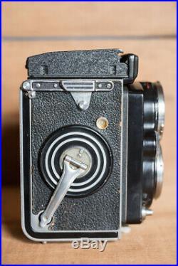 Rolleiflex Twin Lens Reflex with Carl Zeiss 2.8 lens as is