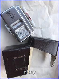 Vintage Germany Rare Lot Leica Camera & 5 Accessory Including Lens