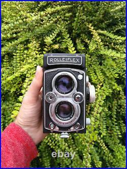Vintage Rolleiflex 6x6 medium format film TLR camera Schneider Xenar 3.5 75 lens