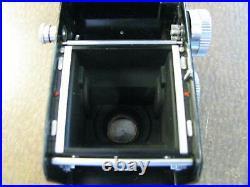 Vintage Yashica-D TLR Twin Lens Camera Yashikor 13.5 f=80