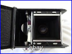Yashica-44 Tlr Camera With Yashikor 60mm F/3.5 Lenses Pre-owned
