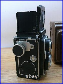 Zeiss Ikon Ikoflex TLR with 75mm F 3.5 Tessar Lens and case